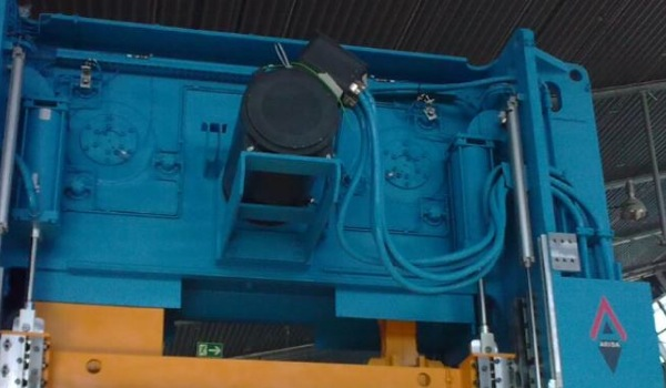 Servo prensas • 400 - 1600 ton